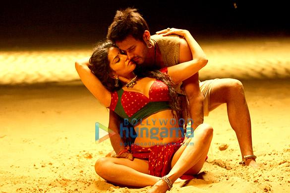 Ek Paheli Leela Songs, Images, News, Videos Photos