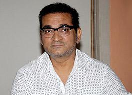 Singer Abhijeet Bhattacharya tweets against Yakub Memon's lawyer Prashant Bhushan