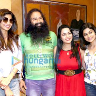 Shilpa Shetty, Gurmeet Ram Rahim Singh Ji Insan, Honeypreet Insan, Shamita Shetty