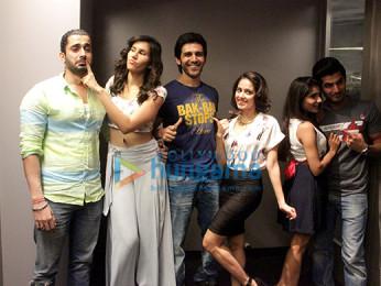 Sunny Singh, Sonalli Sehgall, Kartik Aaryan, Nushrat Bharucha, Ishita Sharma, Omkar Kapoor