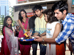 Nushrat Bharucha, Sonalli Sehgall, Sunny Singh Nijjar, Kartik Aaryan, Ishita Sharma, Omkar Kapoor