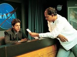 On The Sets Of The Film Swades Featuring Shahrukh Khan,Ashutosh Gowariker
