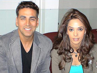 On The Sets Of The Film Welcome Featuring Akshay Kumar,Mallika Sherawat