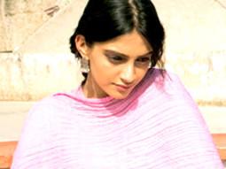 Movie Still From The Film Delhi-6,Sonam Kapoor,Abhishek Bachchan