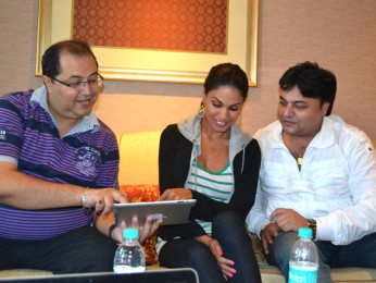On The Sets Of The Film Super Model Featuring Navin Batra,Veena Malik,Ravi Ahlawat