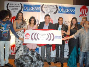 Makrand Deshpande, Laxmi Narayan Tripathi, Archana Gupta, Rishi Kapoor, Madan Paliwal, Sonal Deshpande, Victoria Ployakova, Mudasir Ali