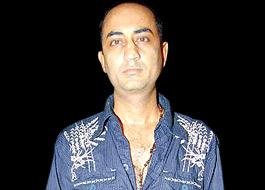 Anil Devgan to direct Do Aur Do Paanch remake