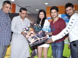 Paresh Rawal, Tena Desae, Rajeev Khandelwal, Aditya Datt