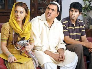 Movie Still From The Film Well Done Abba,Minissha Lamba,Boman Irani,Sameer Dattani