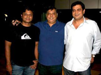 Photo Of Irfan Kamal,David Dhawan,Rumi Jaffery From Special screening of Thanks Maa for directors