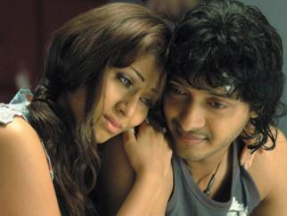 Movie Still From The Film Click,Sada,Shreyas Talpade