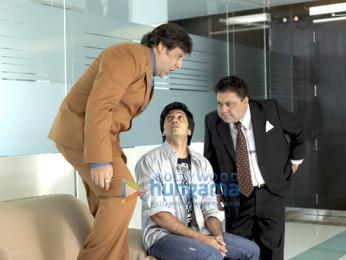 Movie Still From The Film Do Knot Disturb Featuring Govinda,Ritesh Deshmukh,Manoj Pahwa