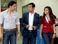 Movie Still From The Film Krantiveer - The Revolution,Sameer Aftab,Hiten Paintal,Jahan Bloch