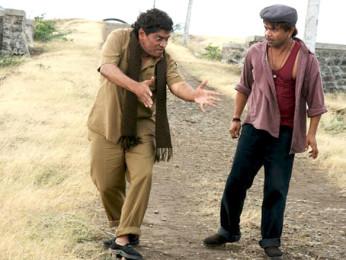 Movie Still From The Film Khatta Meetha,Johny Lever,Rajpal Yadav