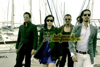 Movie Still From The Film Acid Factory Featuring Fardeen Khan,Dia Mirza,Manoj Bajpa