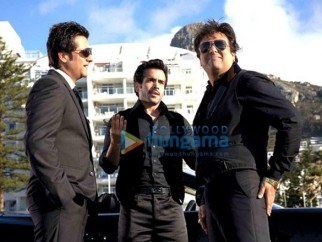 Movie Still From The Film Life Partner Featuring Tusshar Kapoor,Fardeen Khan,Govinda