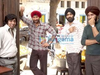 Movie Still From The Film Love Aaj Kal Featuring Saif Ali Khan