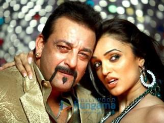Movie Still From The Film Luck Featuring Sanjay Dutt,Neha Oberoi