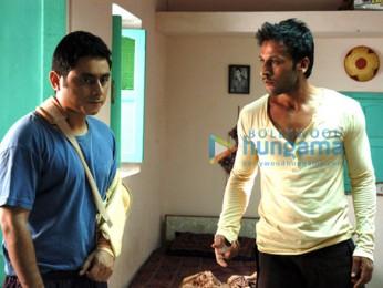 Movie Still From The Film Soch Lo Featuring Nishan Nanaiah,Sartaj Singh Pannu