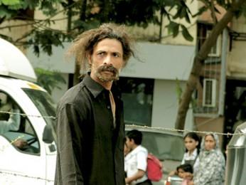 Movie Still From The Film Shahrukh Bola Khoobsurat Hai Tu,Makrand Deshpande