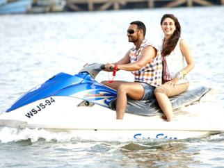 Movie Still From The Film Golmaal 3,Ajay Devgn,Kareena Kapoor