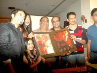 Photo Of Jannat Zubair Rahmani,Rituparna Sengupta,Satish Kaushik,Karan Razdan,Atul Kulkarni From The Rituparna at 'Warning' film press meet