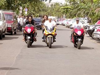 Photo Of John Abraham,Rimi Sen,Uday Chopra From The Dhoom Ride On The Streets Of Mumbai