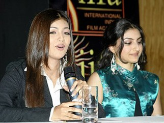 Photo Of Ayesha Takia Azmi,Soha Ali Khan From The Dil Maange More Press Meet At IIFA,Singapore