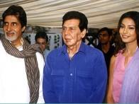 Photo Of Amitabh Bachchan,Sujit Kumar,Bipasha Basu From The Mahurat Of Aitbaar