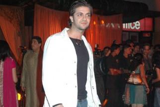 Photo Of Tushar Jalota From The Premiere Of Jodhaa Akbar