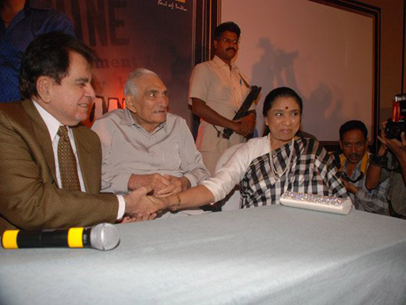 Photo Of Dilip Kumar,B R Chopra,Asha Bhosle From The Audio Release Of Naya Daur