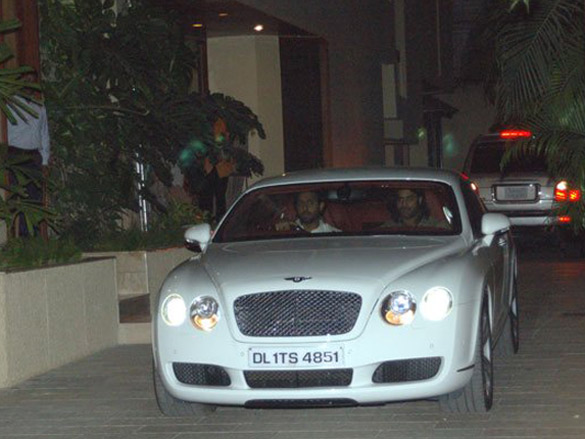 Photo Of Wes Bentley,Abhishek Bachchan From The Amitabh Gifts Abhishek A Bentley
