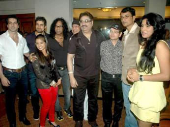 Photo Of Rajbeer Singh,Vinod Rathod,Bali Brahmabhatt,Kumar Sanu,Kalpana Mathur From The Audio release of 'Who's There'