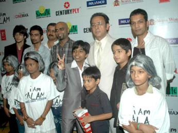 Photo Of Raghu Ram,Harsh Mayar,Gulshan Grover,Husaan Saad From The Premiere of 'I Am Kalam'