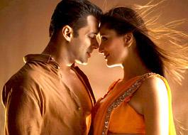 Lakhs of people respond to become Salman and Kareena's bodyguards