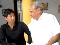 Movie Still From The Film Khushiyaan,Jasbir Jassi,Kulbhushan Kharbanda