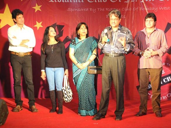 Photo Of Bobby Vats,Neel Sarkar,Abha Singh,Y.P. Singh,Nilesh Malhotra From The Y.P. Singh and Abha Singh walked the ramp
