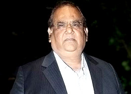 Satish Kaushik's servant flees with over Rs. 1 crore