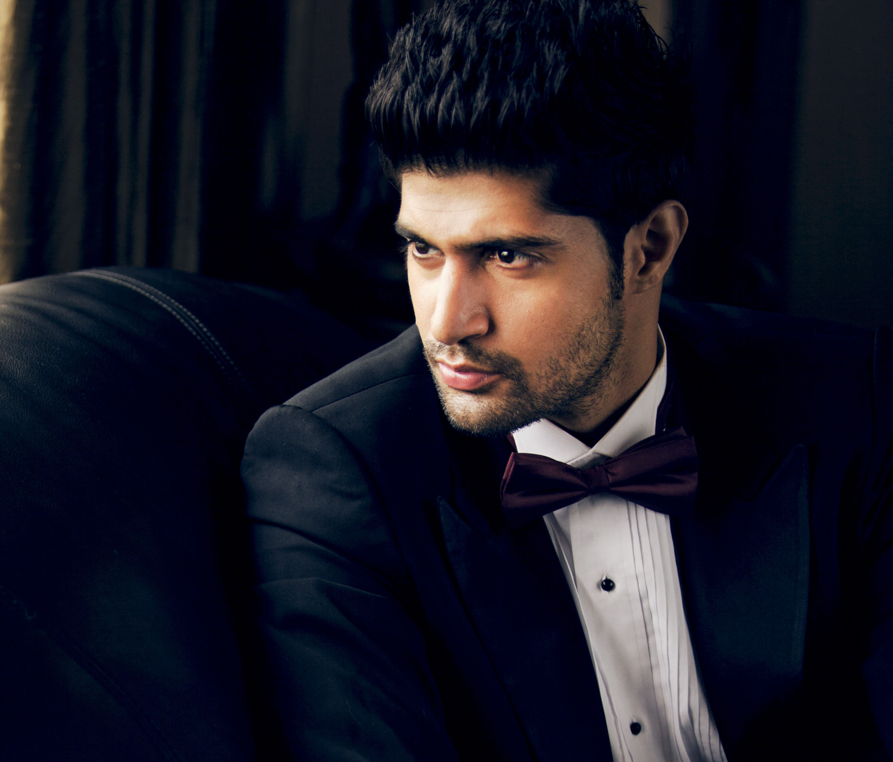 Bollywood celeb sunny leone in white fishnet 7