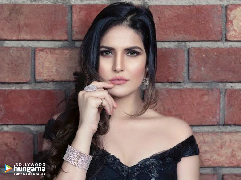 Celebrity Wallpapers of Zareen Khan