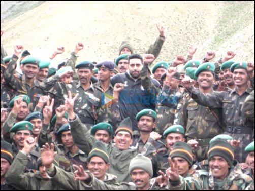 Abhishek Bachchan visits the jawans of Indian Army at Kargil