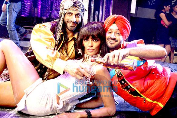 Rajveer singh box office bollywood hungama - Box office bollywood hungama ...