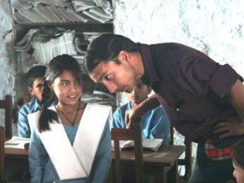 Movie Still From The Film Daayen Ya Baayen,Deepak Dobriyal