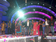 Photo Of Manoj Tiwari,Rahul Bhatt,Abbas Kazmi,Aanchal Kumar,Dolly Bindra,Hrishant Goswami,Salman Khan,Sakshi Pradhan,Shweta Tiwari,Sameer Soni,Ashmit Patel From The Salman Khan rocks the 'Bigg Boss Finale'
