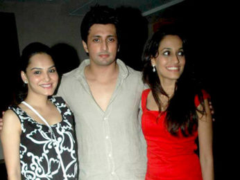 Photo Of Yash Pandit,Shweta Pandit From The Aftab at Shweta Pandit's birthday bash
