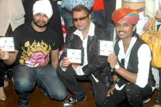 Photo Of Ramji Gulati,Taz,Swaroop Khan From The Launch of Prashant Shirsat's album 'Deva o Deva'