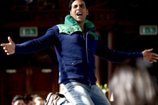 Movie Still From The Film Desi Boyz,Akshay Kumar