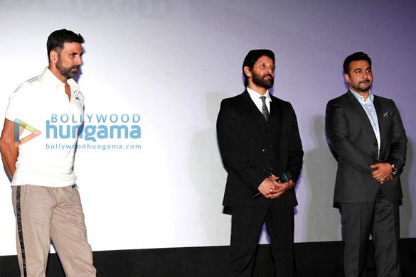 Akshay Kumar, Chiyaan Vikram, Raj Kundra