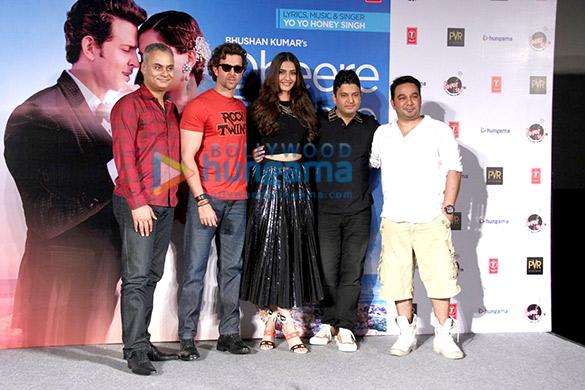 Neeraj Roy, Hrithik Roshan, Sonam Kapoor, Bhushan Kumar, Ahmed Khan