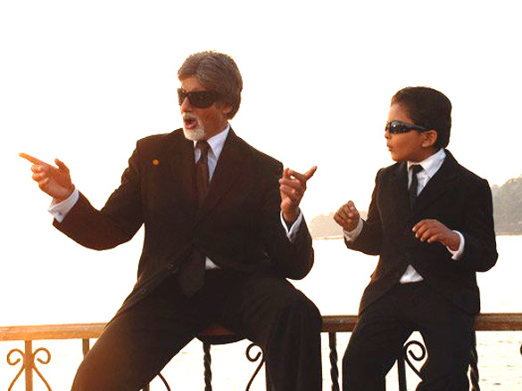 Movie Still From The Film Bhoothnath,Amitabh Bachchan,Aman Siddiqui
